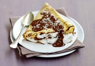 Блинчики с горячим шоколадом