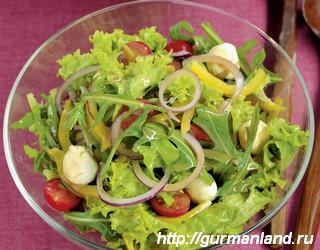 Острый зеленый салат