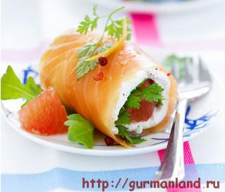 Рулет из семги с грейпфрутом
