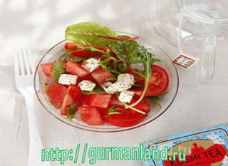 Арбузный салат с сыром фета