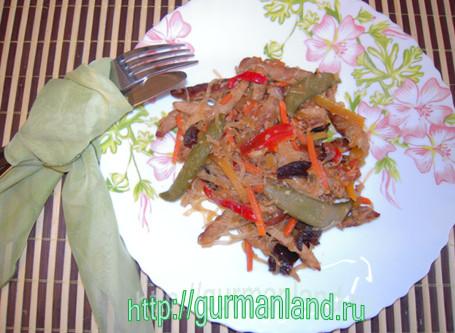 Фунчоза с мясом и овощами