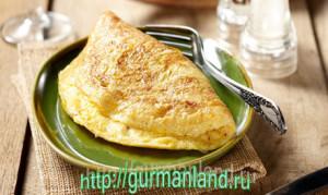 omlet-s-belym-xlebom 