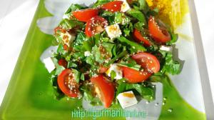 salat-s-mocarelloj-i-pomidorami