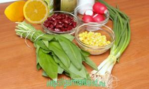 salat-s-cheremshoj-i-fasolyu-1