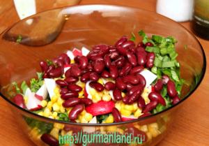 salat-s-cheremshoj-i-fasolyu-4