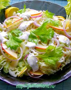 salat-s-seldereem-i-yablokom