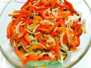 baklazhannyj-salat-s-pomidorami-7