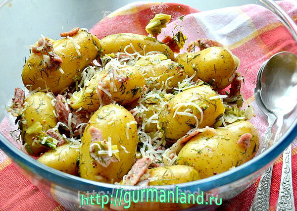 Молодой картофель с беконом